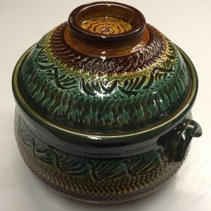 Cool design pot with lid pottery